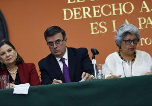 Si EU impone tarifas aumentará el flujo migratorio, advierte México a Trump