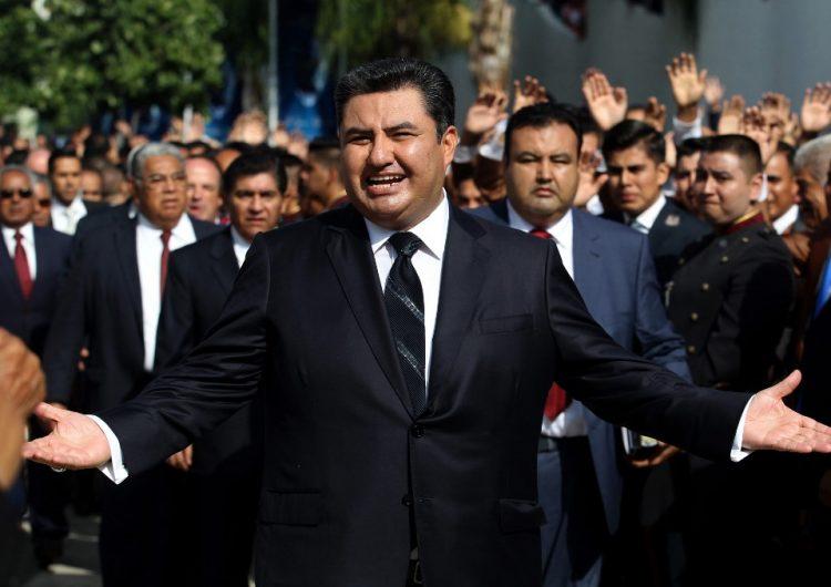 """""""Es un demente"""": Fiscal de California sospecha que hay más víctimas de Naasón Joaquín García"""