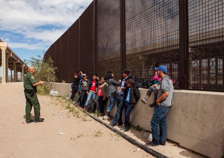 Autoridades de Centroamérica y EU examinan reforzar fronteras y hacer pruebas de ADN para contener migración