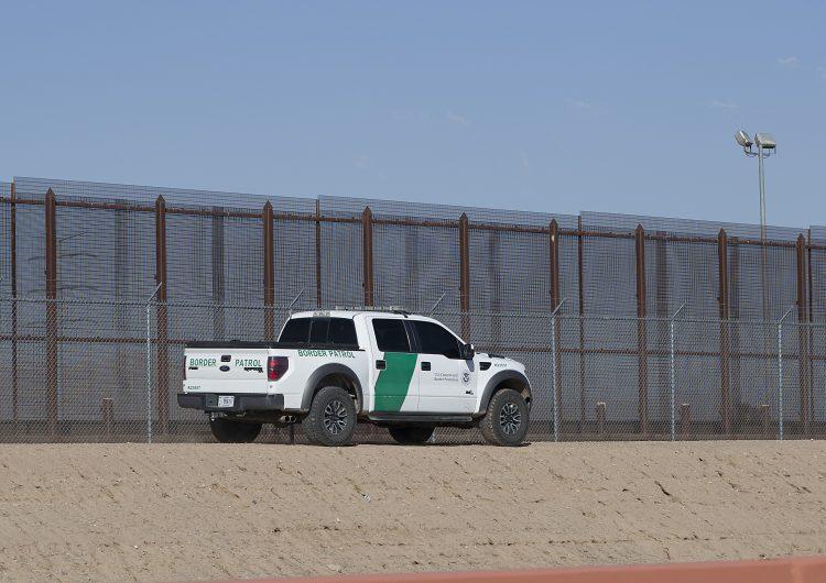 Hallan muerta a niña de 7 años en la frontera entre Arizona y México