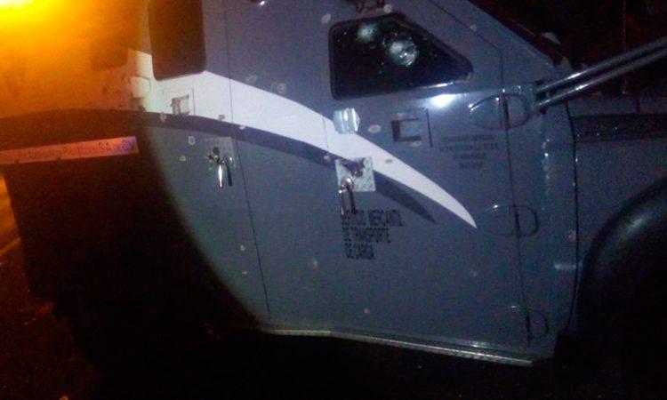 Intentan asaltar a camioneta de valores en Celaya; hay un herido