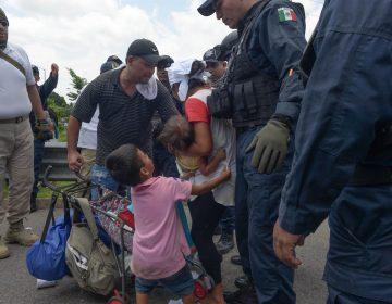 Desplegar la Guardia Nacional para frenar migrantes, la propuesta con la que México busca evitar aranceles de EU