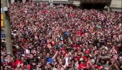Tiroteo durante el desfile de los Toronto Raptors deja al…