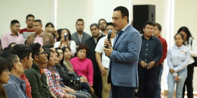Recortes dejaron sin beca a 14 mil alumnos de Hidalgo