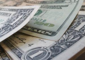¿Por qué multimillonarios de EU piden que les cobren más impuestos?