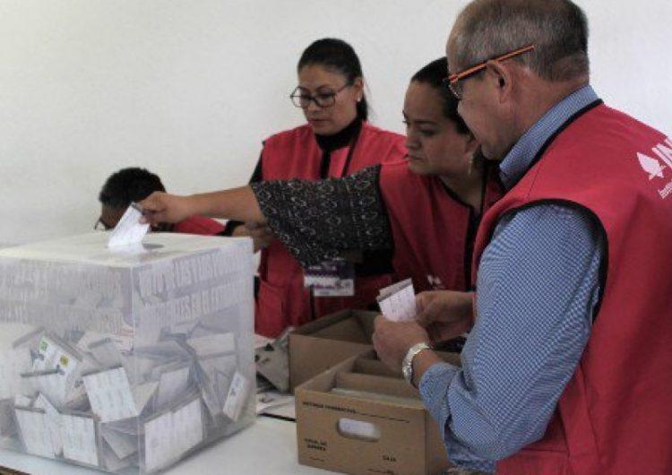 Baja afluencia de votantes en Puebla