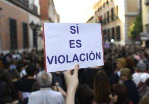 Tribunal incrementa sentencia a 'La Manada' por violación: los condena a 15 años