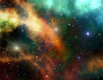"""Descubren un enorme """"puente"""" que conecta dos cúmulos de galaxias a través de una red cósmica"""