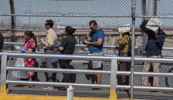 El gobierno de México reforzará labores de asistencia ante posibles…