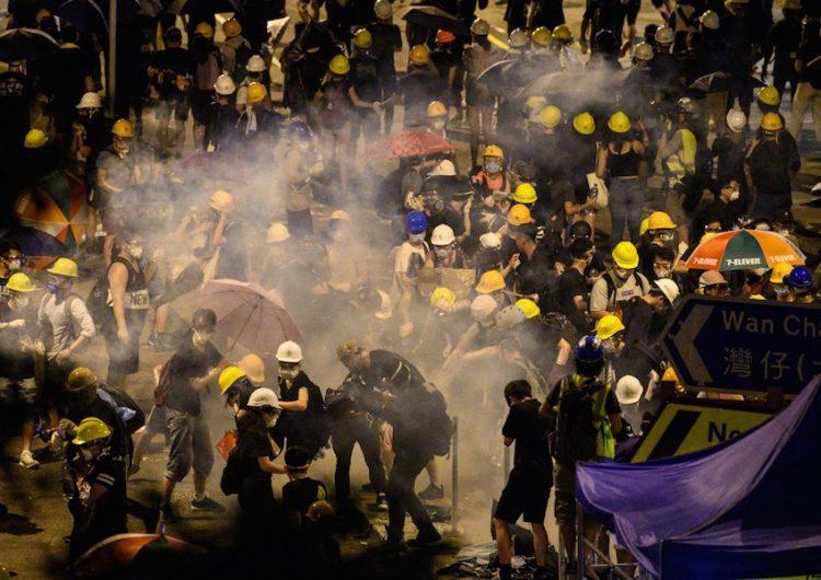 Protestas en Hong Kong: ¿Qué sigue después de las 50 personas heridas en el Consejo Legislativo?