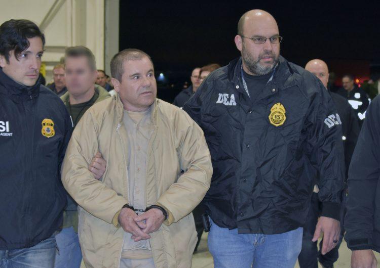 """Joaquín, """"el Chapo"""" Guzmán durante su extradición a EU."""