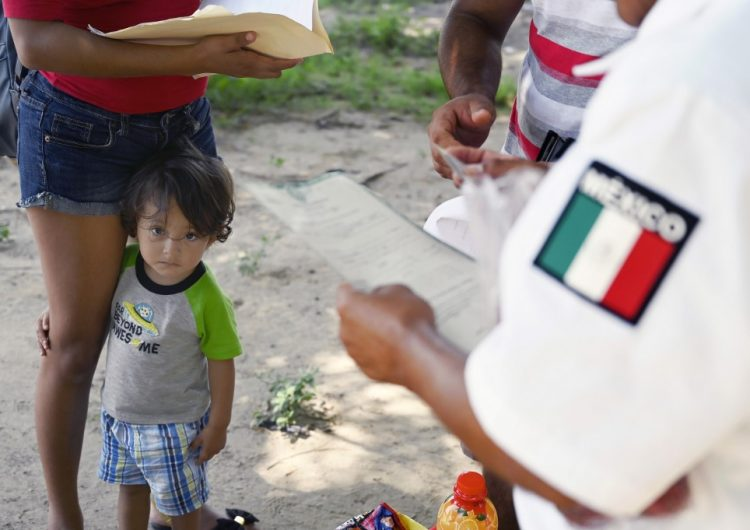 El flujo de migrantes en el sur de México disminuye tras amenazas de Trump