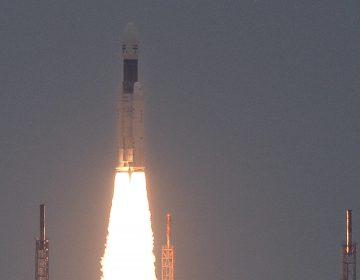 India hace historia y envía una sonda robótica a la Luna con miras a la colonización