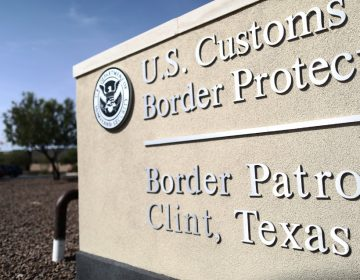 Agentes fronterizos detuvieron a un joven por tres semanas… pero era un ciudadano estadounidense