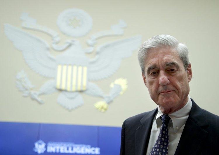 """Testimonio de Mueller pone fin a la """"gran farsa"""" de la trama rusa, dice Trump"""