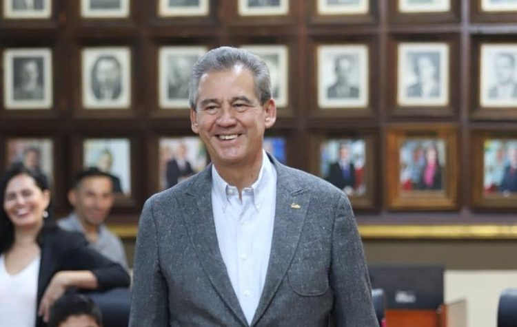 Alcalde de León prevé un aumento a transporte por precio de combustible