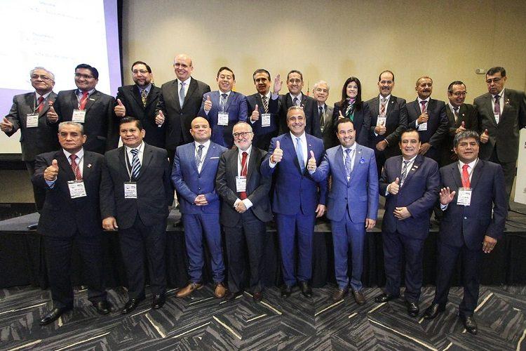 Participa Orozco en encuentro de gobernadores de la Alianza Pacífico en Perú
