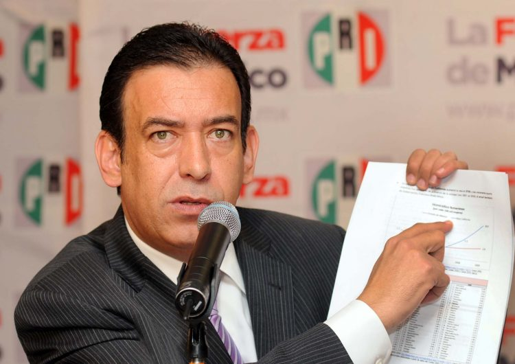 Hijo de Moreira toma protesta como presidente de nuevo partido en Coahuila