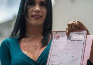 Reforma para reconoce identidad sexogenérica fuera de la agenda del Congreso Poblano