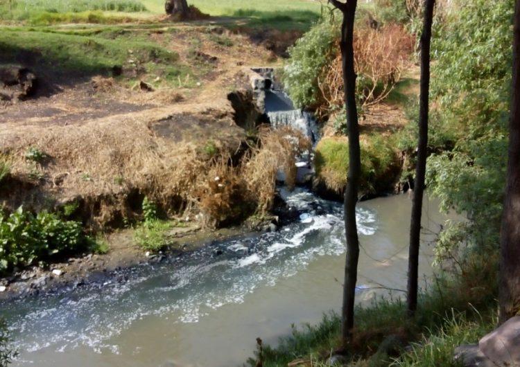 Clausuran empresas de Puebla por contaminar el Atoyac