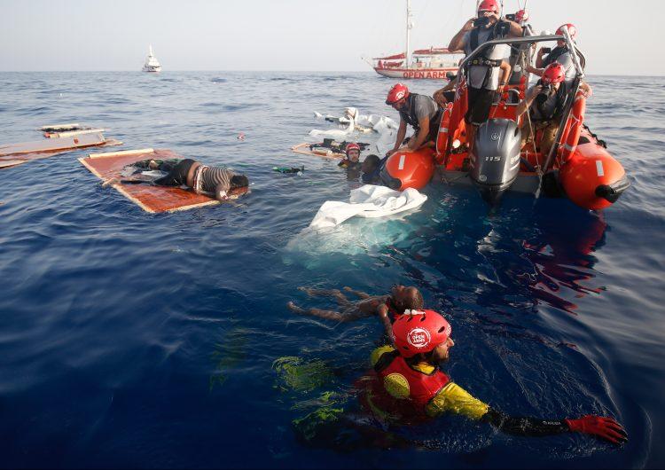 El barco Open Arms entrará en aguas italianas y pedirá la evacuación de 147 migrantes