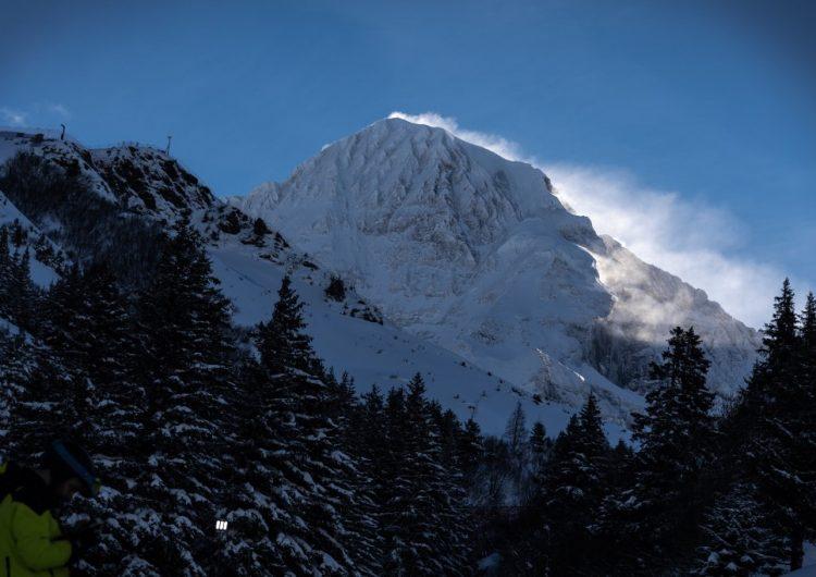 Los microplásticos llegan hasta la nieve del Ártico y los Alpes
