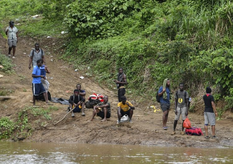Panamá construirá un cementerio ante el elevado número de migrantes fallecidos en la selva