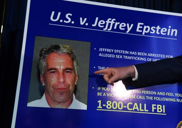 Autopsia de Epstein revela varios huesos del cuello rotos y abre nuevas dudas