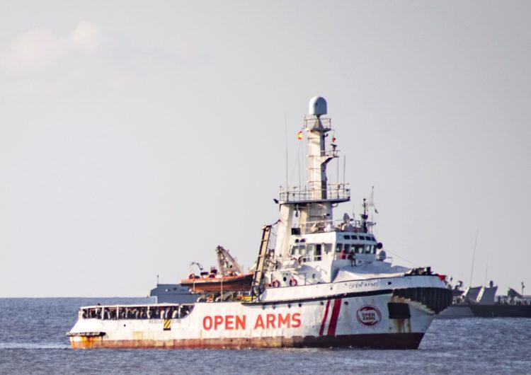 Fiscalía italiana ordena el desembarco inmediato de los migrantes del Open Arms