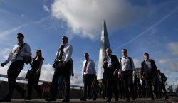 """El Reino Unido cesará """"de inmediato"""" la libre circulación de…"""
