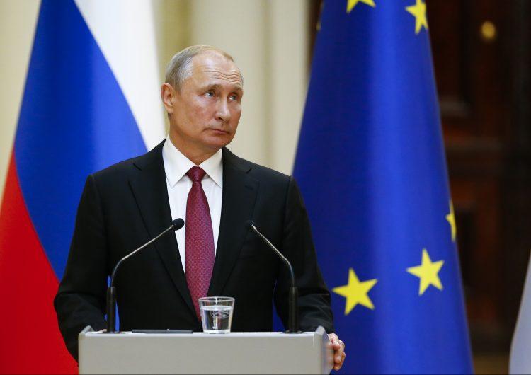 """La UE se opone a reincorporar a Rusia al G7 porque """"sería una señal de debilidad"""""""