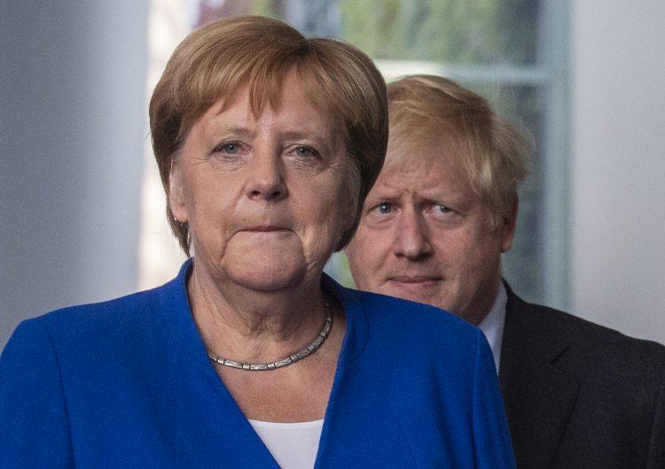 Boris Johnson se reúne con Angela Merkel para discutir el Brexit