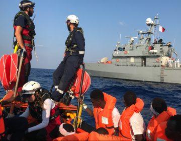 """Europa acuerda recibir a los 356 migrantes a la deriva en el """"Ocean Viking"""""""