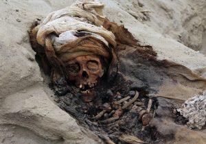 El mayor sacrificio de infantes del mundo tiene los restos de 227 niños y está en Perú