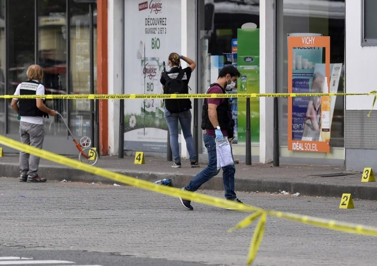Un ataque con cuchillo en Lyon, Francia, deja una persona muerta y ocho heridas