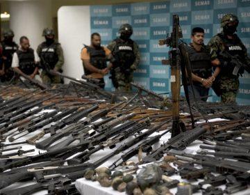 Cómo la venta y exportación de armas de EU afecta a México