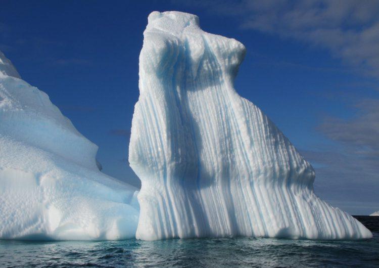 """Encuentran en nieve antártica """"polvo estelar"""" producto de la explosión de una supernova"""