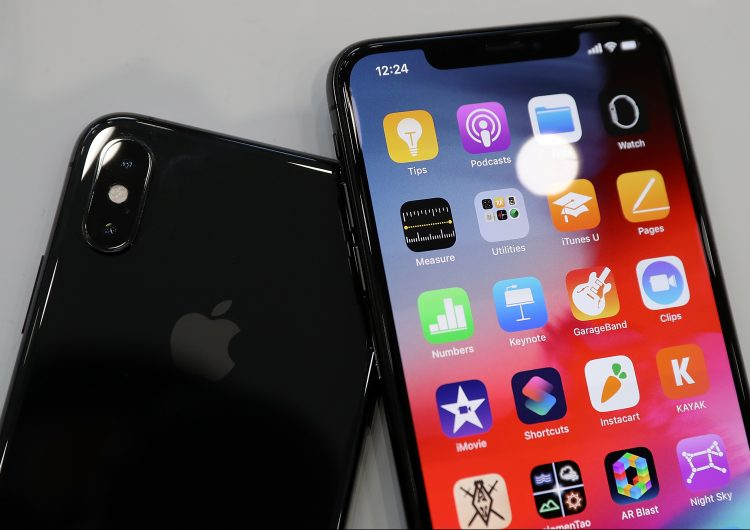 Apple bloqueará las baterías de iPhone reparadas en centros no autorizados