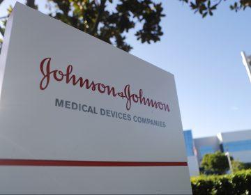Johnson&Johnson condenada a pagar 572 millones dólares en histórico juicio por opioides
