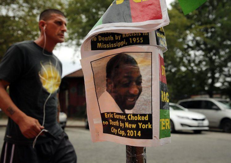 Destituyen a policía de NY involucrado en la muerte de un hombre negro hace cinco años