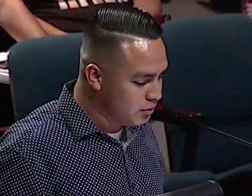Jugadores de la NFL ayudan a pagar fianza de inmigrante que el ICE detuvo tras recitar un poema