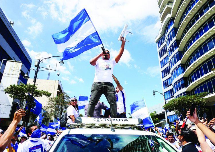 Estudiantes, políticos, reporteros, activistas, los más buscados por Daniel Ortega
