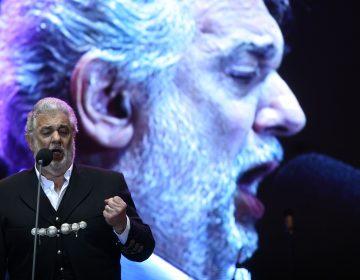 Plácido Domingo es acusado de acoso sexual por nueve mujeres; retiran su participación en Filadelfia