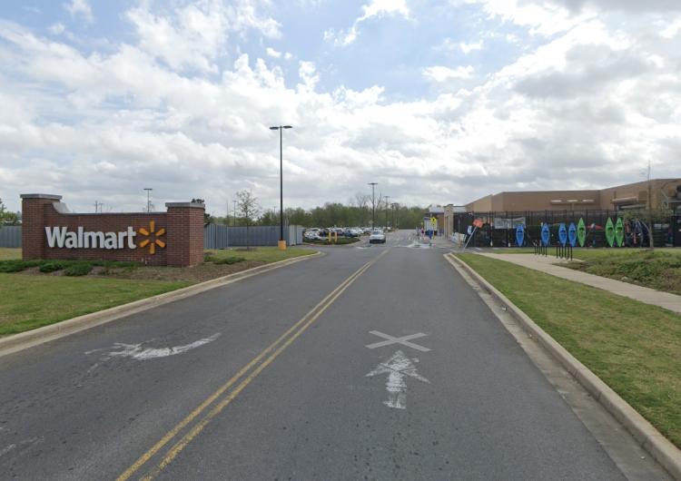 Reportan tiroteo entre dos hombres armados en un Walmart de Louisiana