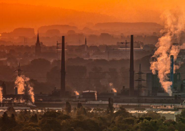 Estudio muestra mayor mortalidad a corto plazo tras la exposición a contaminación urbana