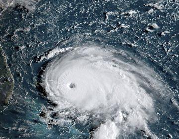 El huracán Dorian se fortalece a la categoría máxima y toca tierra en Bahamas