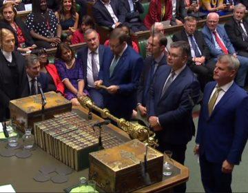 La Cámara de los Comunes deja a Johnson sin el control del Brexit