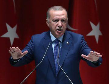 El presidente turco Recep Tayyip Erdogan amenaza a la UE con una nueva llegada masiva de refugiados