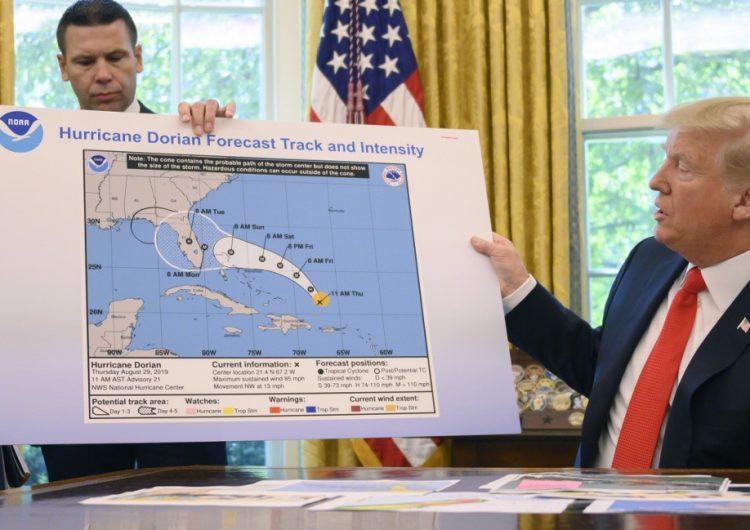 La Administración Nacional Oceánica le da la razón a Trump en el SharpieGate