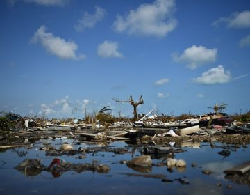 Impiden ingreso a Estados Unidos a más de cien evacuados de Bahamas
